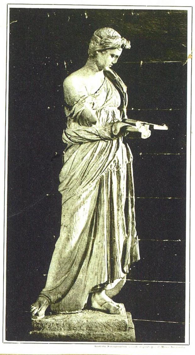 図1:《若き巫女》の複製図版、掲載誌不明