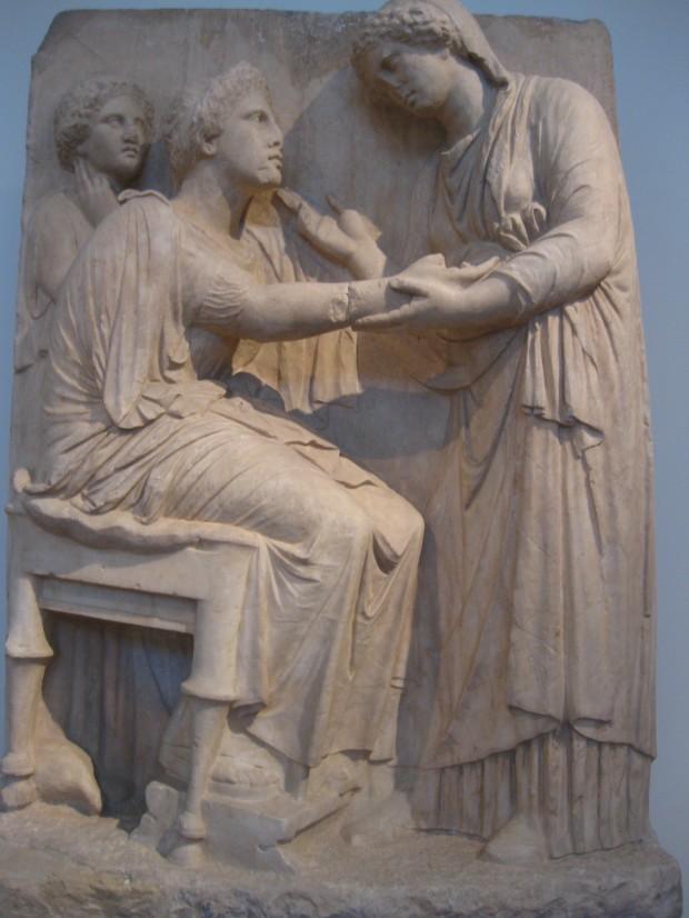 墓碑彫刻(前350-325年頃)、ケラメイコス出土、アテネ、国立考古学博物館蔵